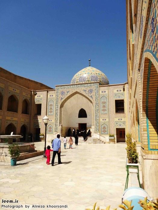 http://azerila.persiangig.com/image/jeem.ir/aref/DSC01797%20copy.jpg